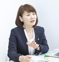 藤坂社会保険労務士事務所 代表 藤坂 優子